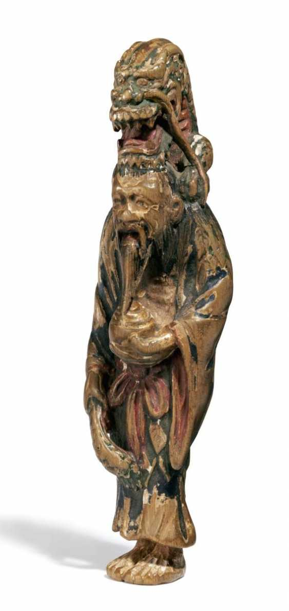 Large netsuke of Ryûjin with dragon - photo 1