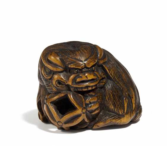 Netsuke: Shishi mit Ball - photo 1