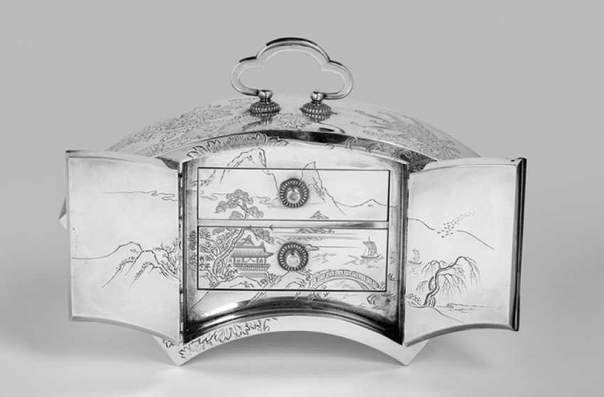 Fan-shaped Cabinet made of silver with two drawers, with chrysanthemum decorated - photo 2