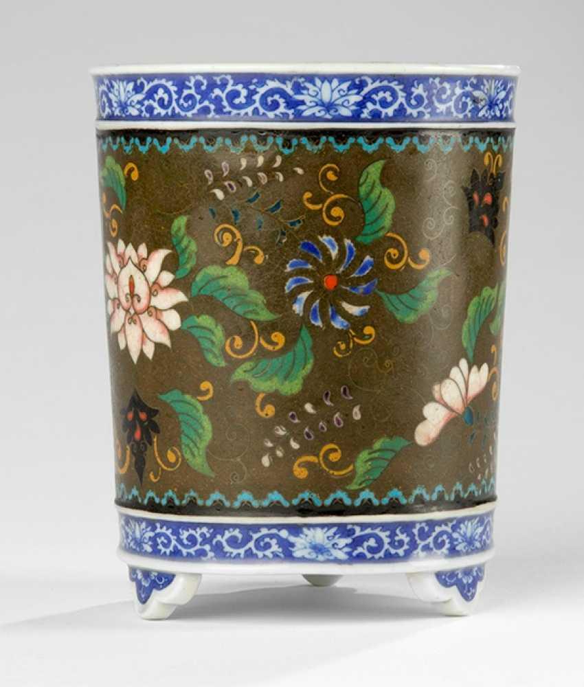 Pinselbecher en Porcelaine avec débordement, Décor floral en Cloisonne-Email - photo 1