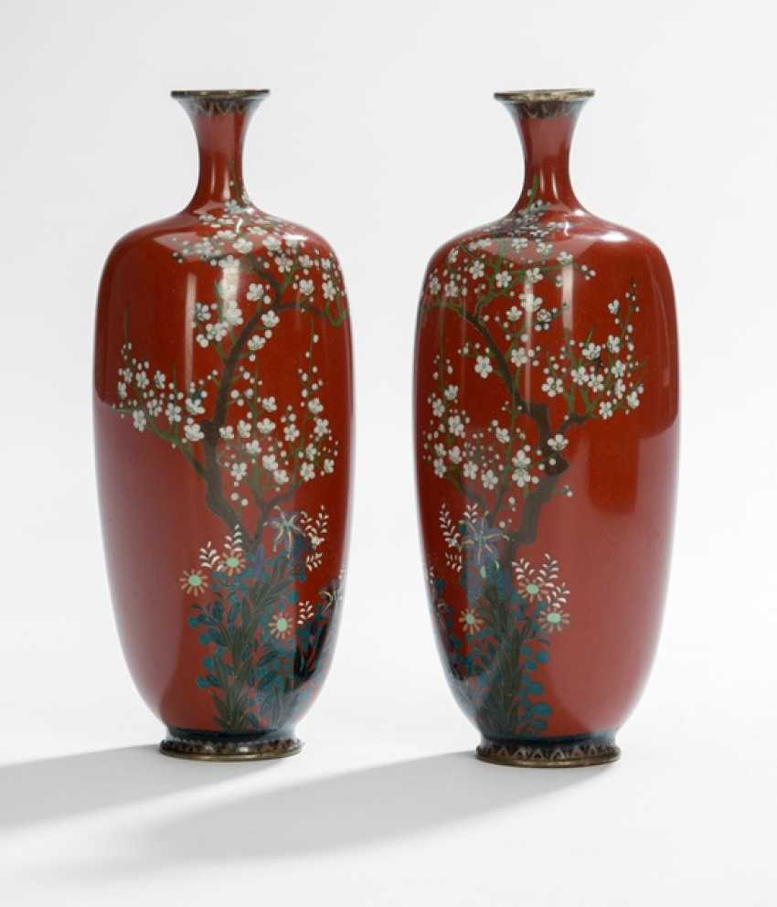 Pair of Cloisonné vases with decoration of plum blossoms and lilies on rust red background - photo 2