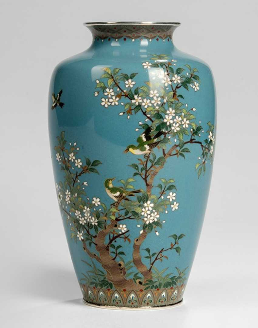 Cloisonné Vase with decoration of birds and Prunus on pigeons and a blue rear with a silver frame - photo 1