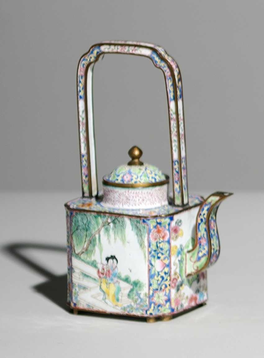 Canton enamel teapots with a decor of musical ladies in garden landscapes - photo 1