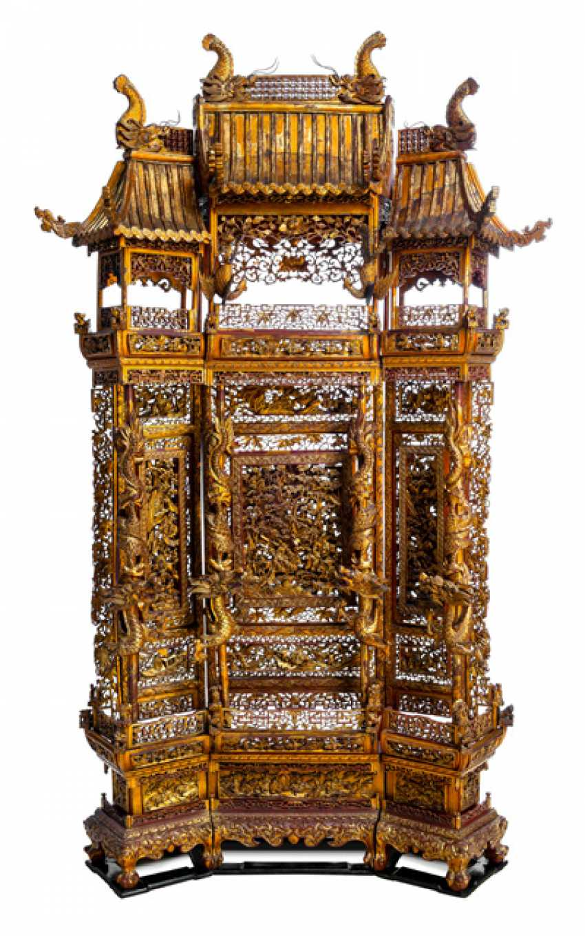 Magnificently carved and paint gold-plated control screen made of wood - photo 2
