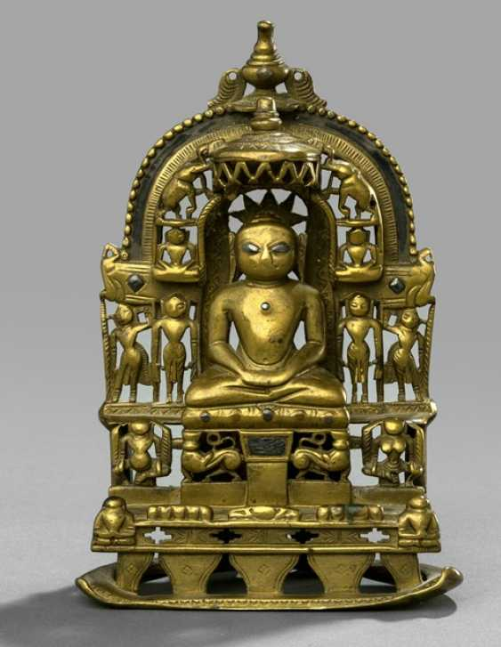 Jain Altar made of brass-coloured Bronze with silver deposits - photo 1