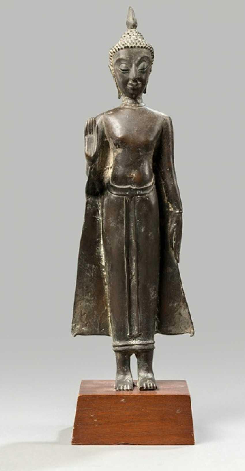 Bronze of the Buddha Shakyamuni - photo 1