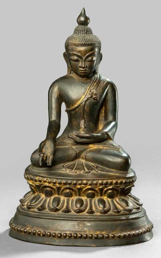Bronze des Bhaisajyaguru im Meditationssitz - photo 1