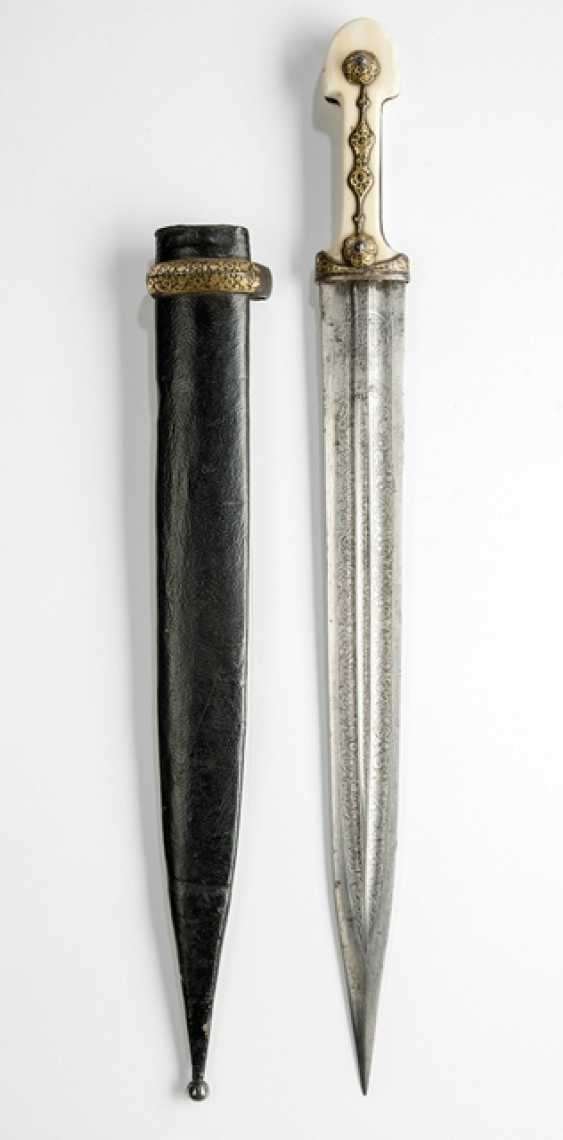 Short sword with ivory grip and leather scabbard - photo 1
