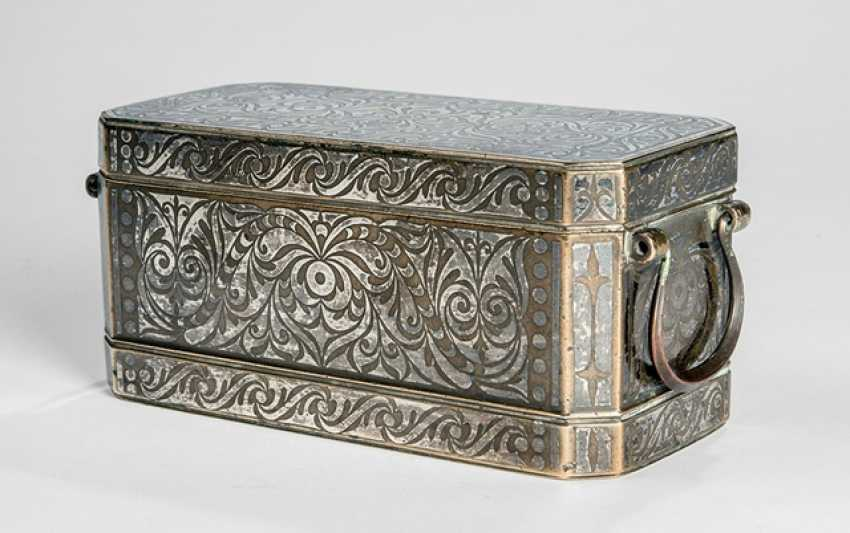 Lid box made of brass / bronze with silver deposits - photo 1
