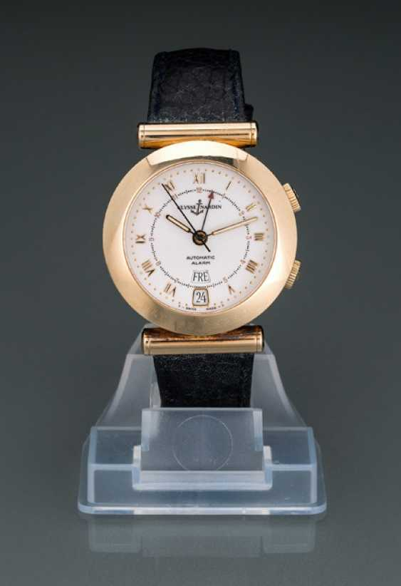 Ulysse Nardin Newton watch in 18K yellow gold, Ref. 6012230 - photo 1