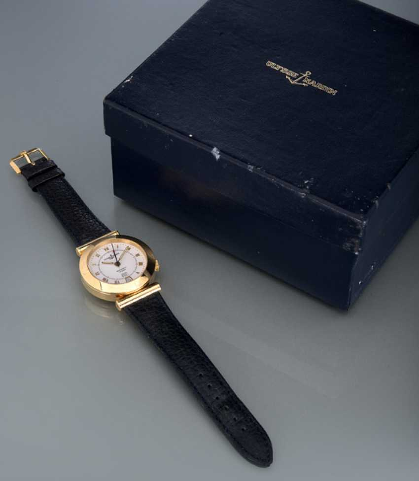 Ulysse Nardin Newton watch in 18K yellow gold, Ref. 6012230 - photo 2