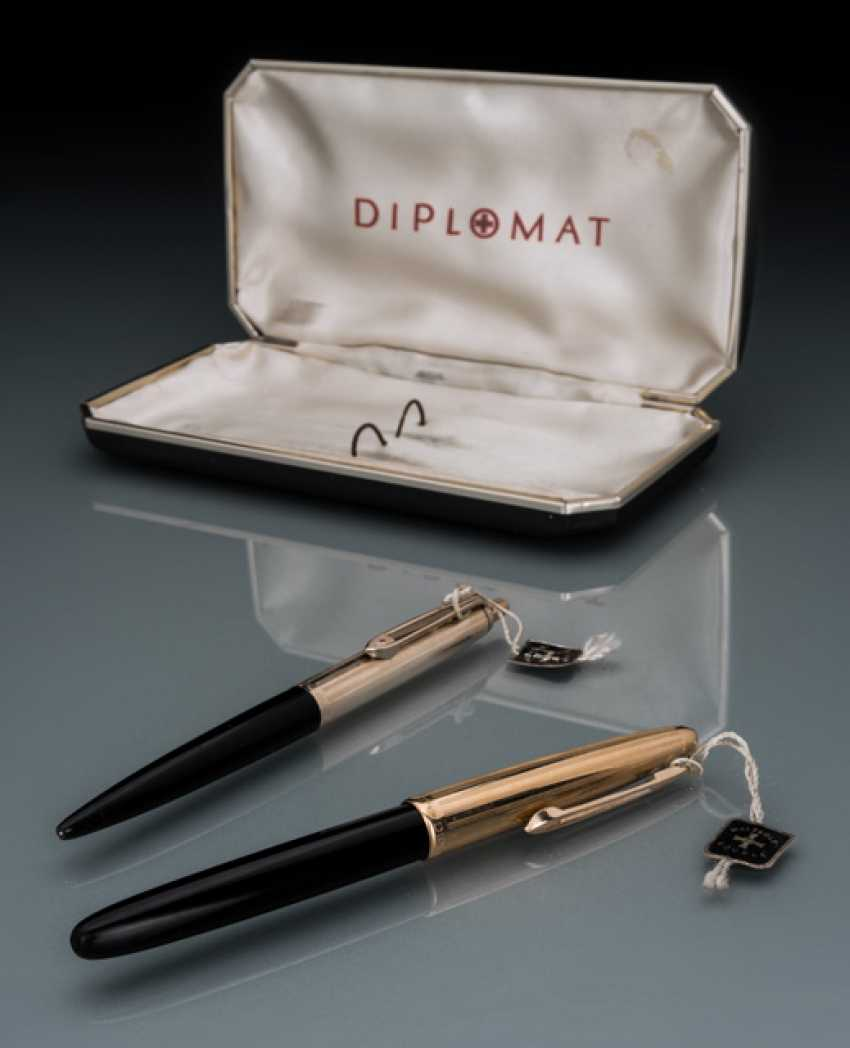 Diplomat Mr pen set made of 14K Gold - photo 1