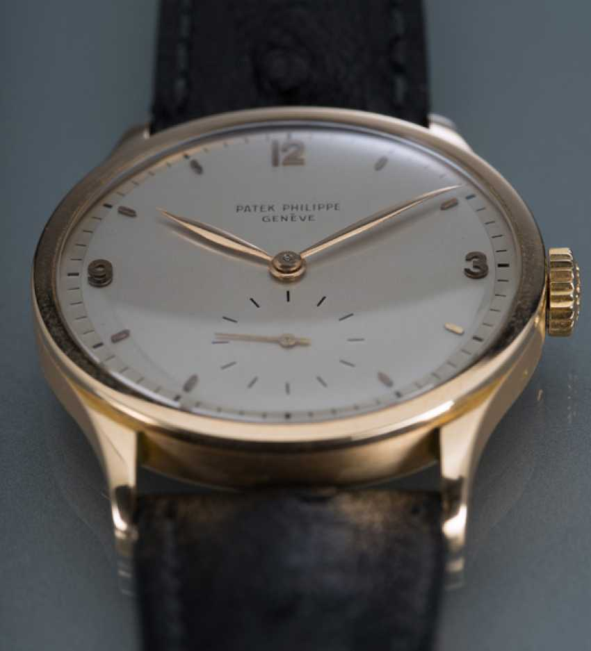 Patek Philippe's Calatrava in rose gold, Ref. 570 R with two-tone dial - photo 4