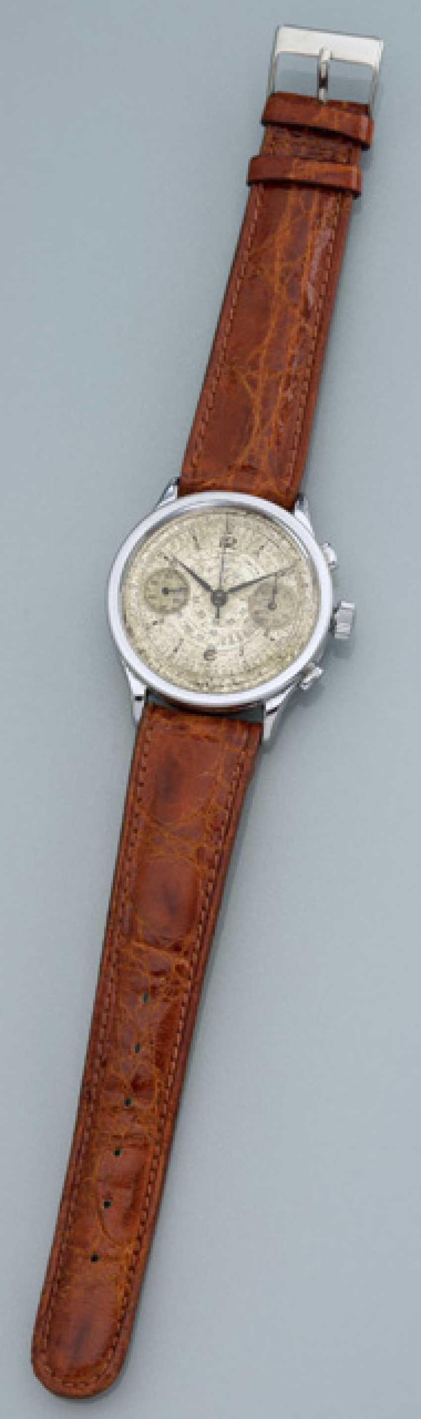 Fruher Oversize Chronograph Tavannes - photo 1