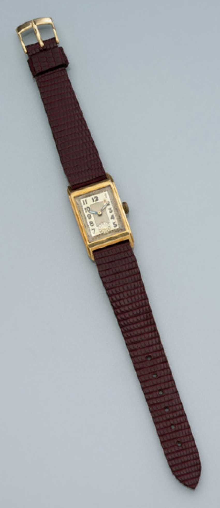Men's dress watch in 14K yellow gold - photo 1