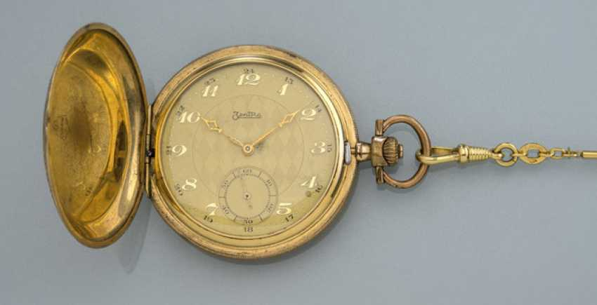 Central Savonette pocket watch with chain - photo 1