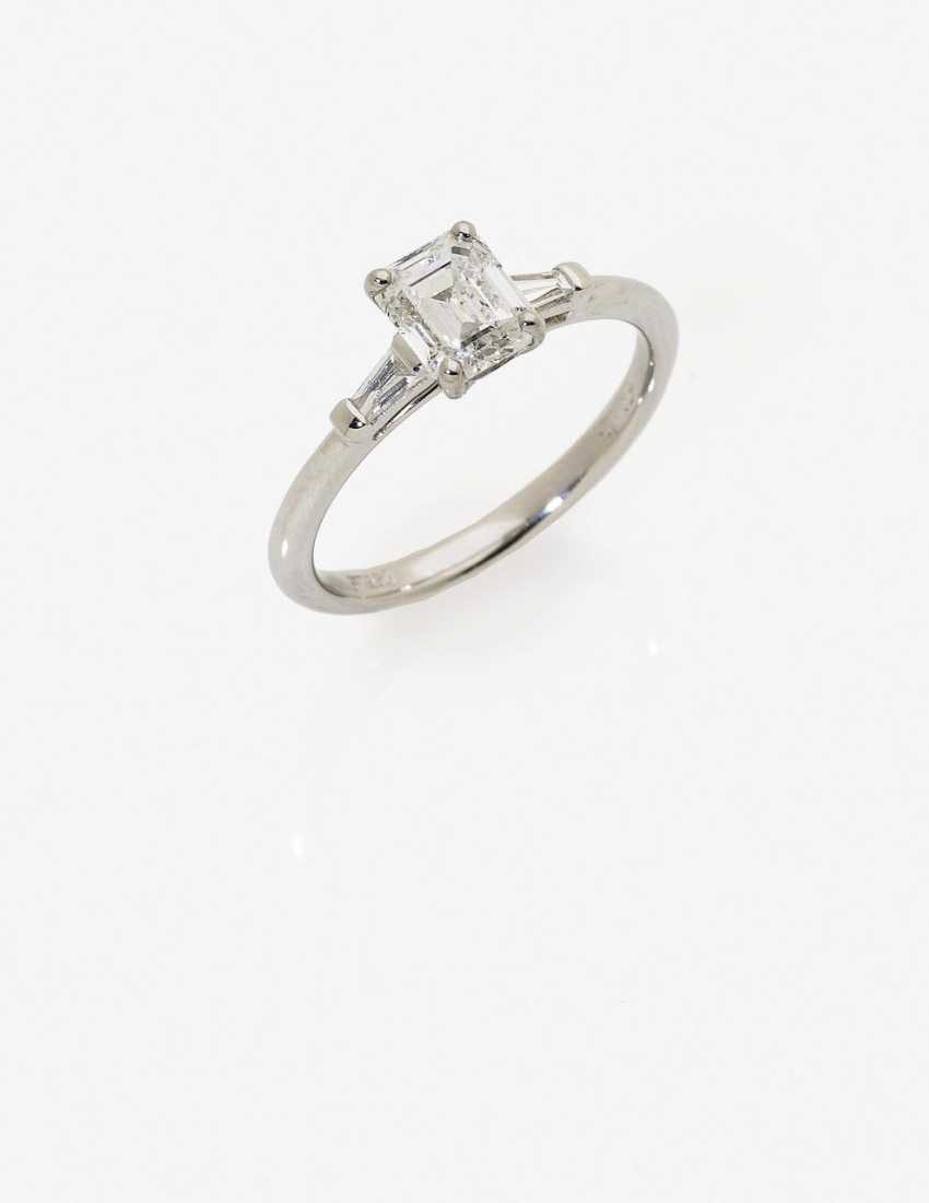 Alliance ring with diamonds. Birmingham, 2000s - photo 1