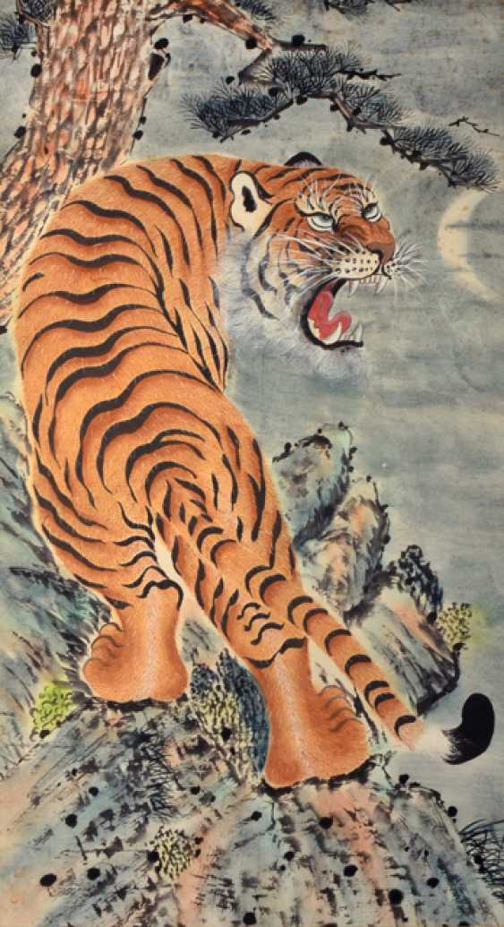 Anonymous painting of a snarling tiger - photo 1