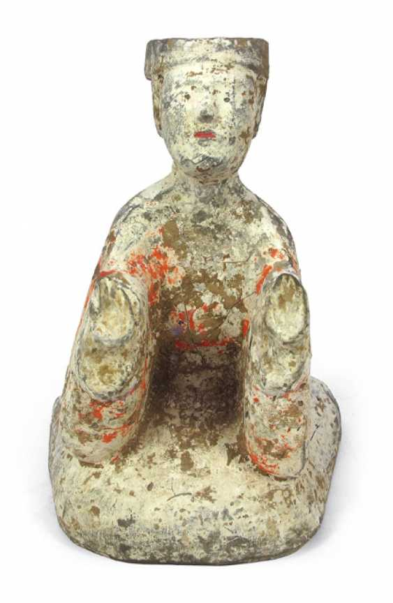 Painted clay Figurine of a kneeling man - photo 1