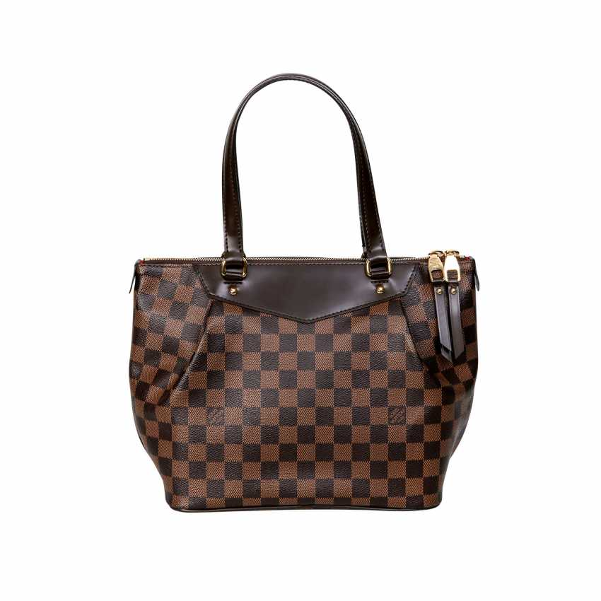 f111f64ee419 Lot 4. LOUIS VUITTON handle bag