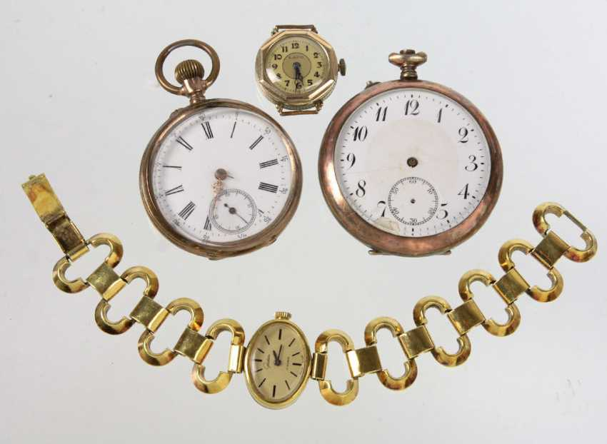 Items Watches - photo 1