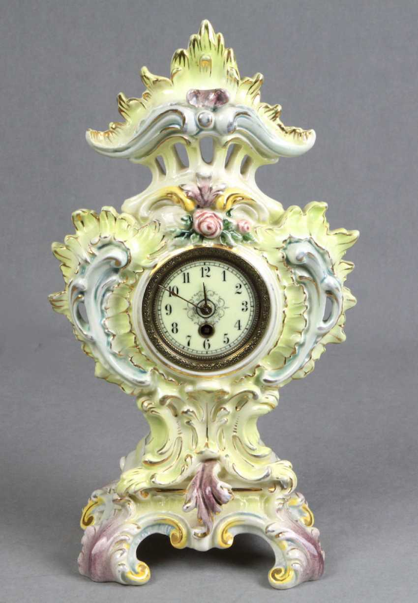 Historicism mantel clock 1880 - photo 1