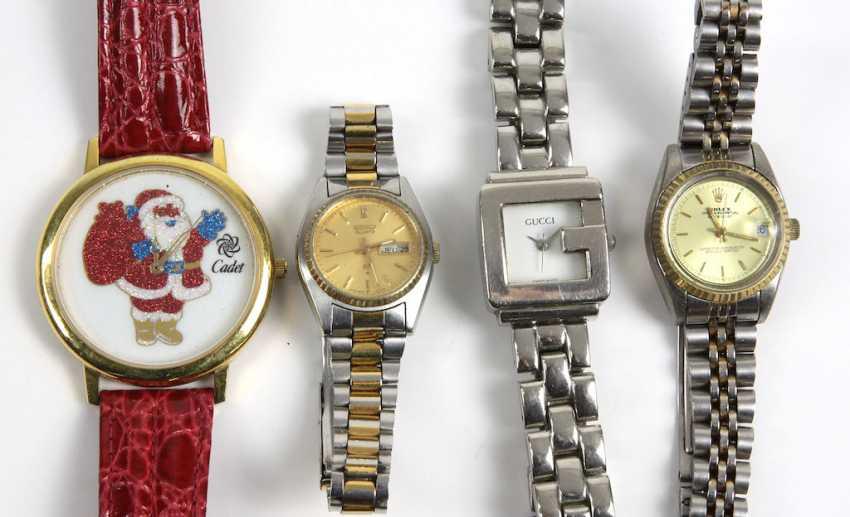 4 bracelet watches - photo 1