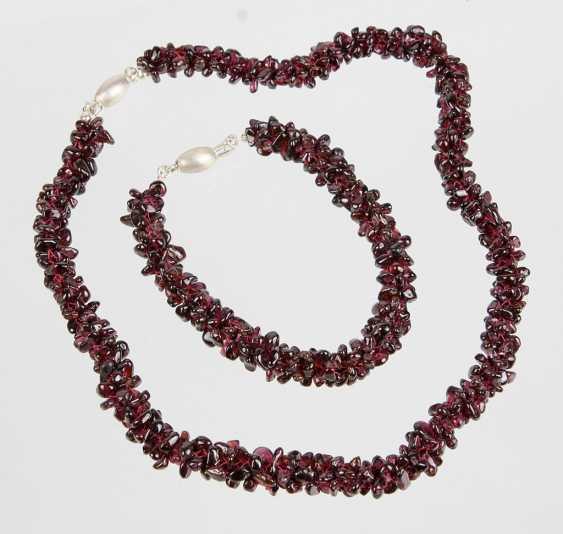 Garnet mesh necklace & bracelet - photo 1