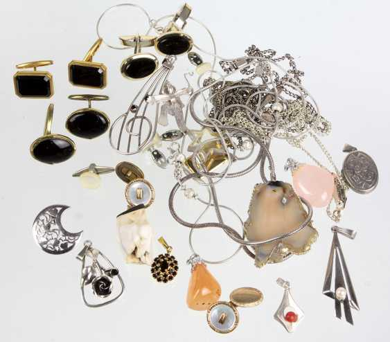 The post silver & fashion jewelry - photo 1
