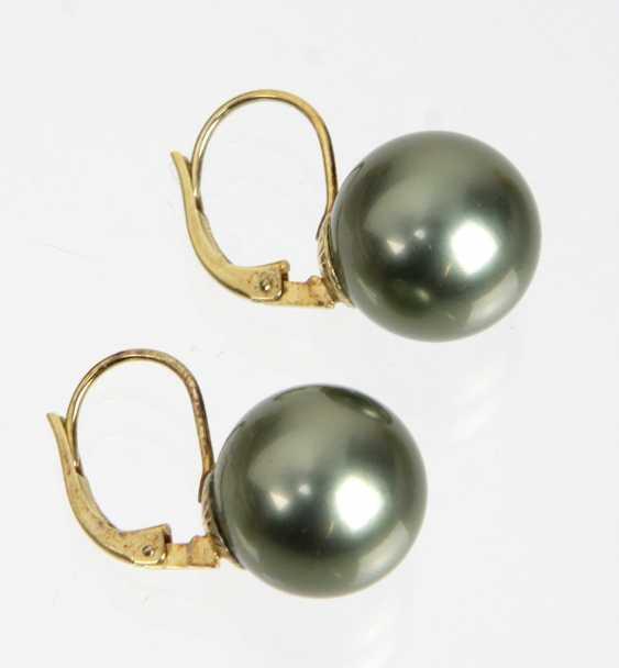 14-Karat pearl earrings - photo 1