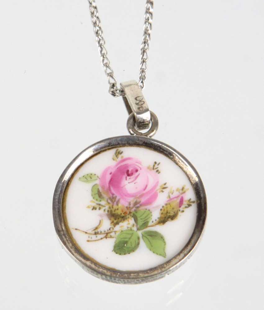 Meissen pendant *rose motif* necklace - photo 1