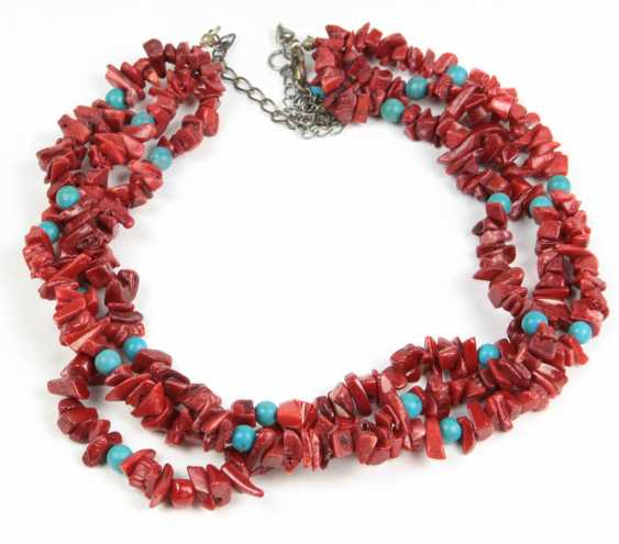 three-row coral necklace - photo 1