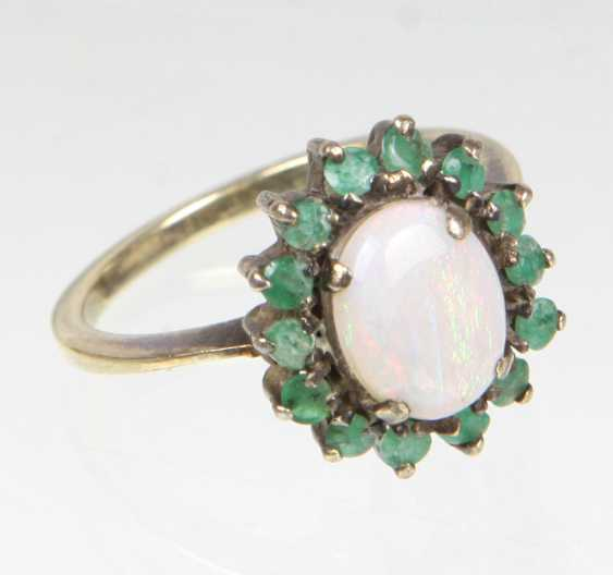 Opal Ring with emerald - photo 1