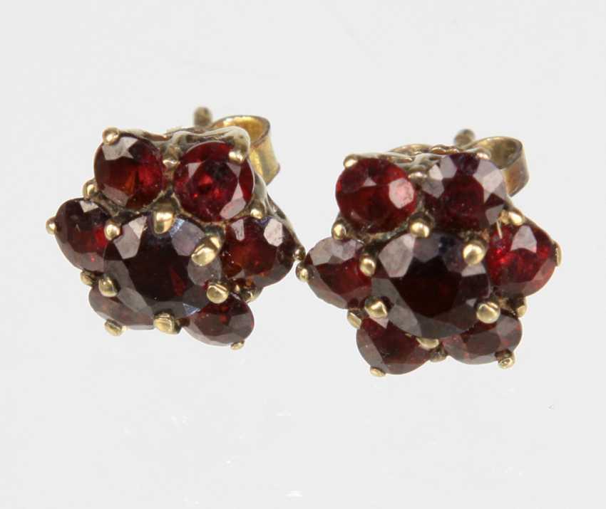 Garnet Stud Earrings - Yellow Gold 333 - photo 1