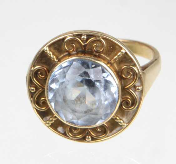 Ring with light blue stone yellow gold 585 - photo 1