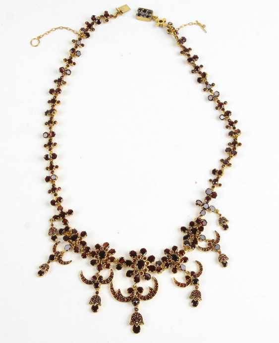 fancy garnet necklace circa 1900 - photo 1