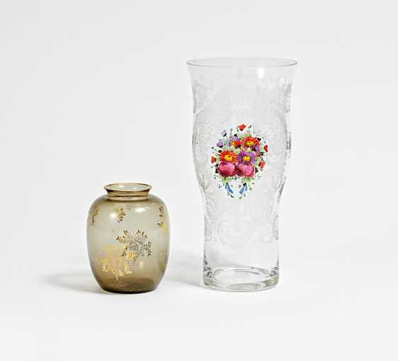 Vase with cut decoration and flower painting - photo 1
