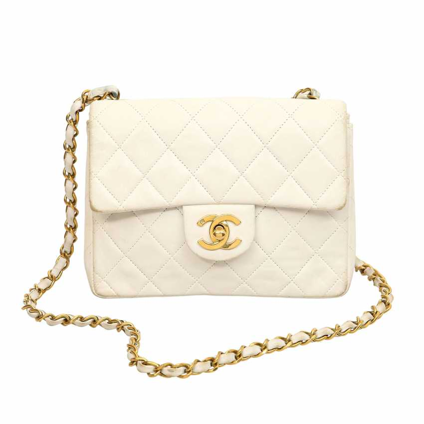 9ca55238987c CHANEL shoulder bag