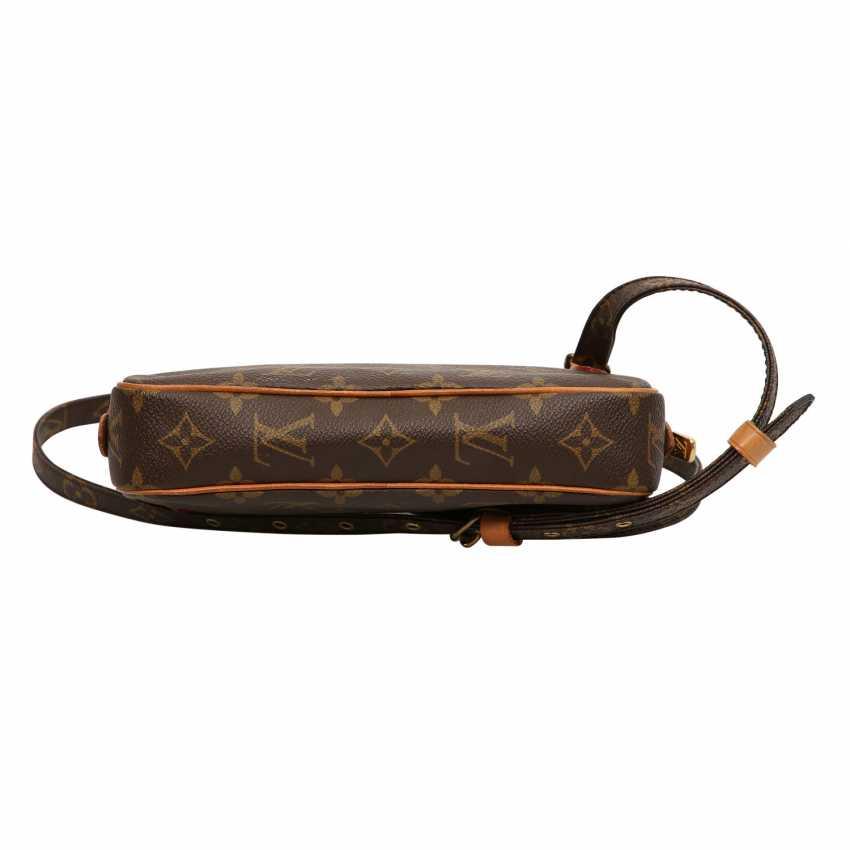 f4526f12a90fb LOUIS VUITTON VINTAGE shoulder bag