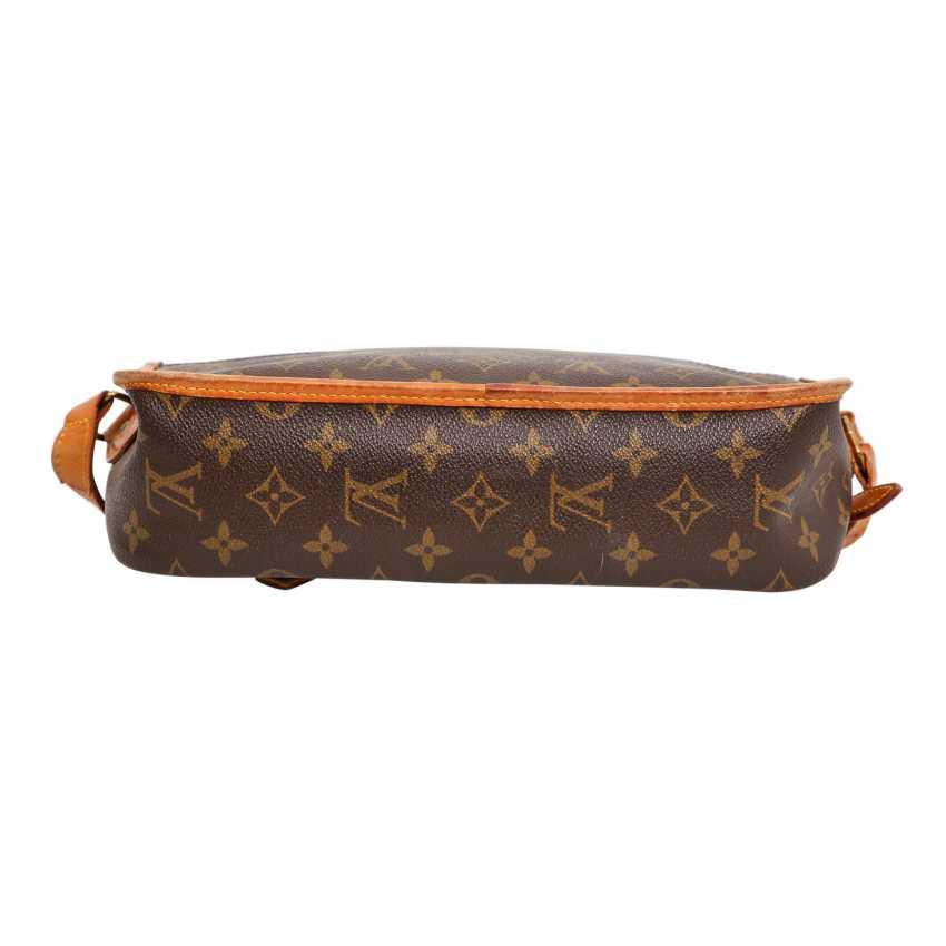 f36ae7f4638e2 Lot 114. LOUIS VUITTON VINTAGE shoulder bag