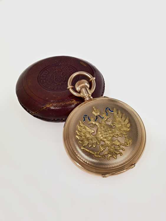 A Gold Pocket Watch in Original Case