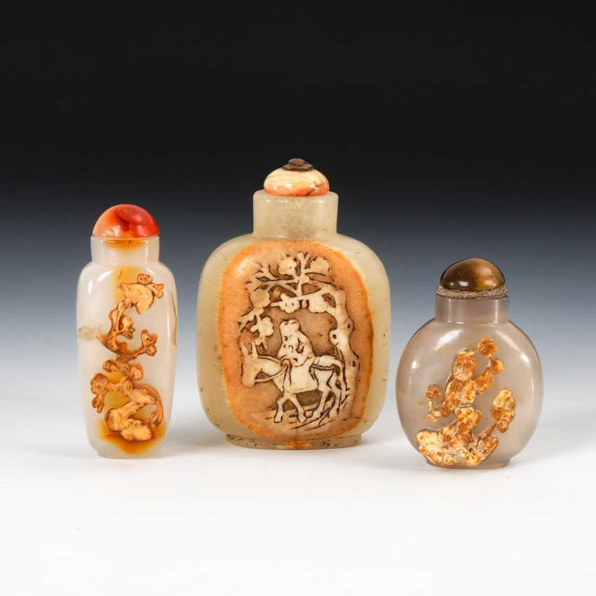 3 Snuffbottles agate, with carved - photo 1
