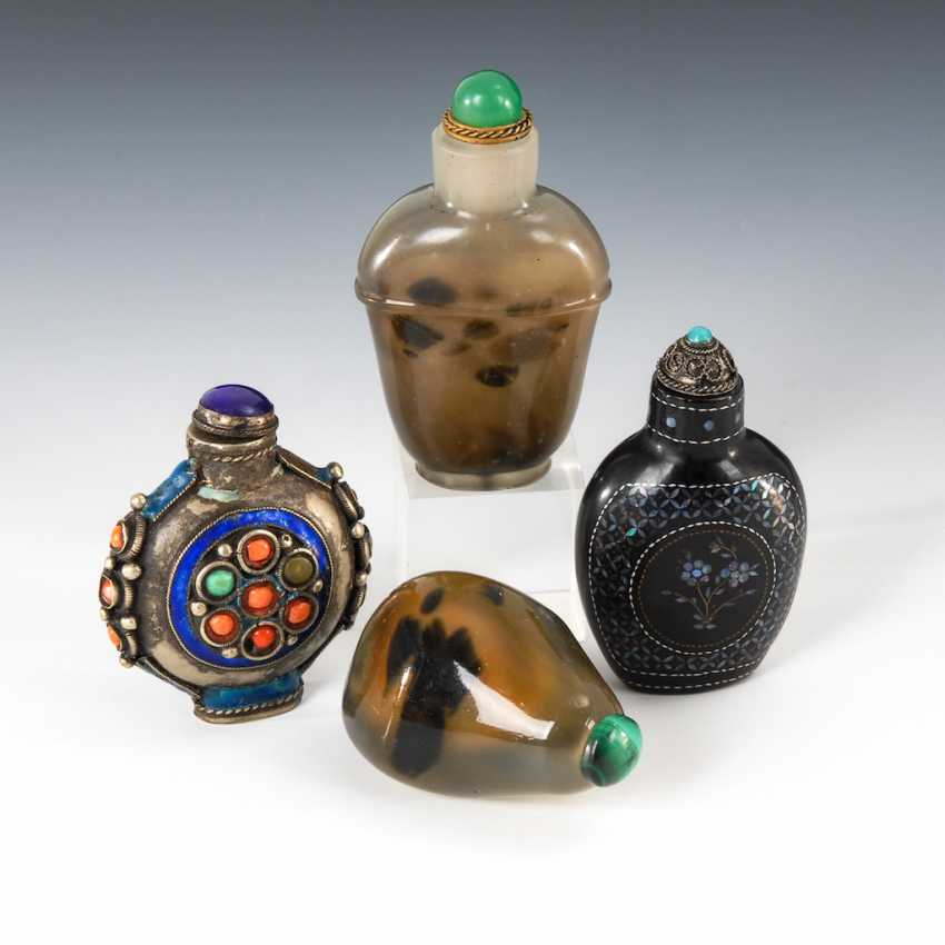 4 different Snuffbottles. - photo 1