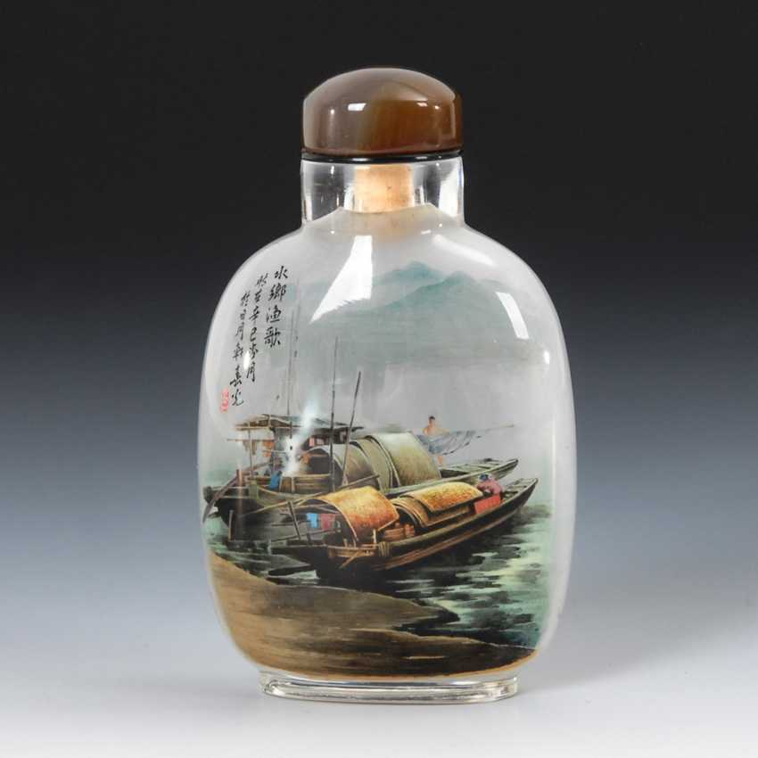 Snuffbottle glass with interior painting. - photo 1