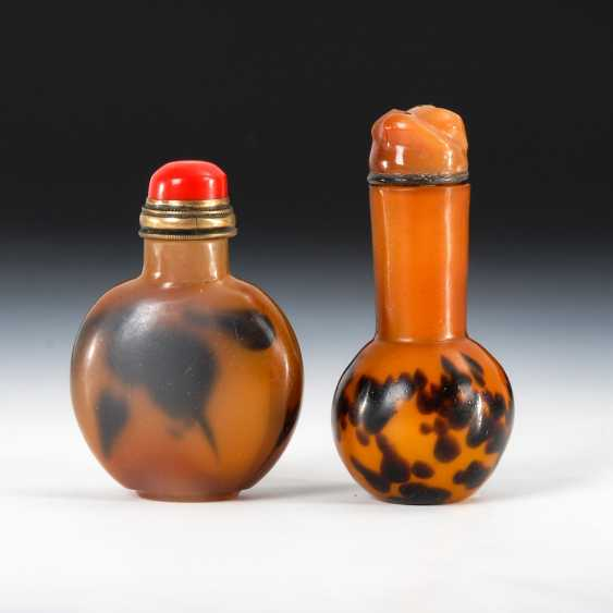 2 glass Snuffbottles, tortoiseshell imi - photo 1