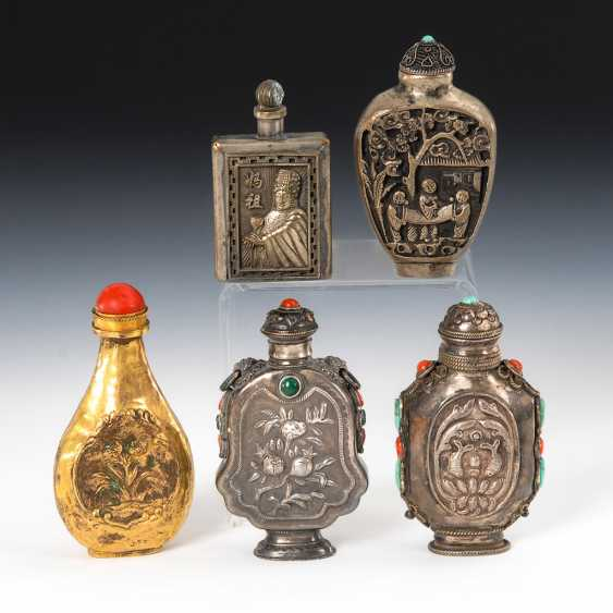 5 Snuffbottles - silver and metal, - photo 1