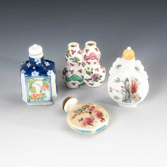 15 Snuffbottles, and partly figurative. - photo 4