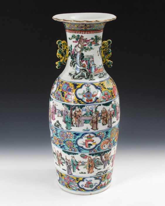 Large colored floor vase. - photo 3
