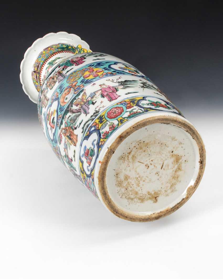 Large colored floor vase. - photo 4