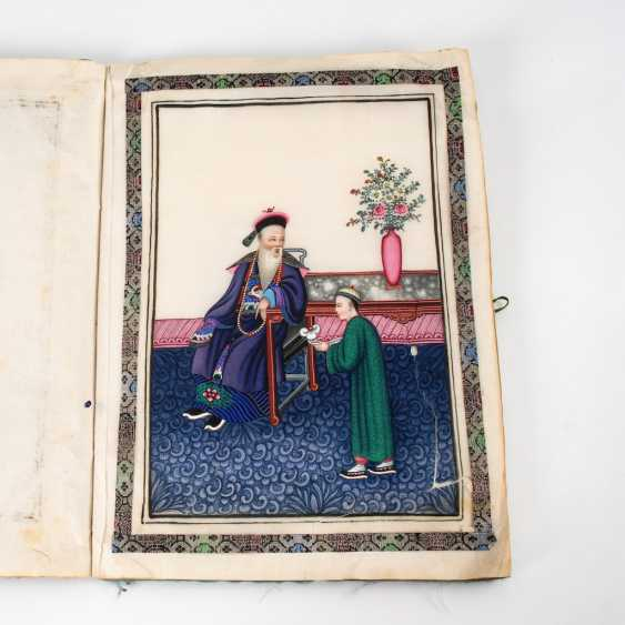 Album with colored hand paintings on Re - photo 3